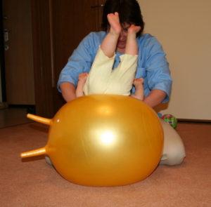 упражнения на фитболе для грудничков